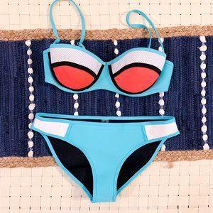 $5 CLEAROUT SALE! Body Blast Hot tub/swim suit